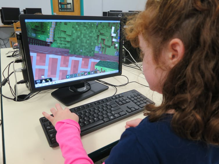 Minecraft teaches kids about tech, but there's a gender imbalance at play