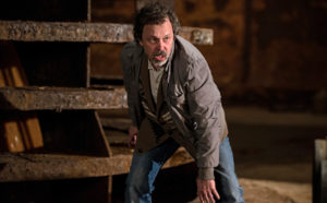 """Supernatural -- """" All In The Family"""" -- Image SN1121b_0302.jpg -- Pictured: Curtis Armstrong as Metatron -- Photo: Diyah Pera/The CW -- © 2016 The CW Network, LLC. All Rights Reserved"""